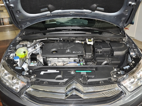 世嘉发动机油泵电路图