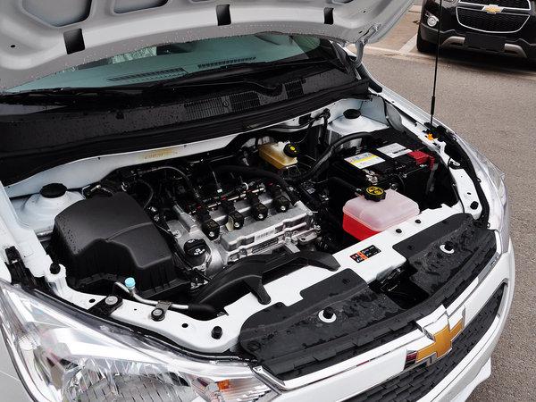 雪佛兰 赛欧3 1.3l 手动 发动机主体特写
