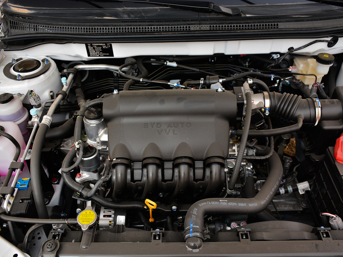 比亚迪  1.5L 发动机