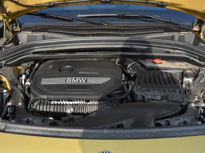 宝马(进口)  xDrive25i 发动机舱