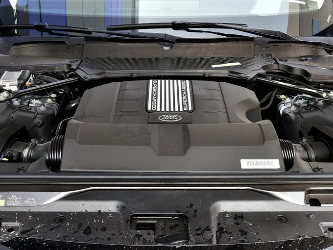 路虎  3.0 V6 发动机