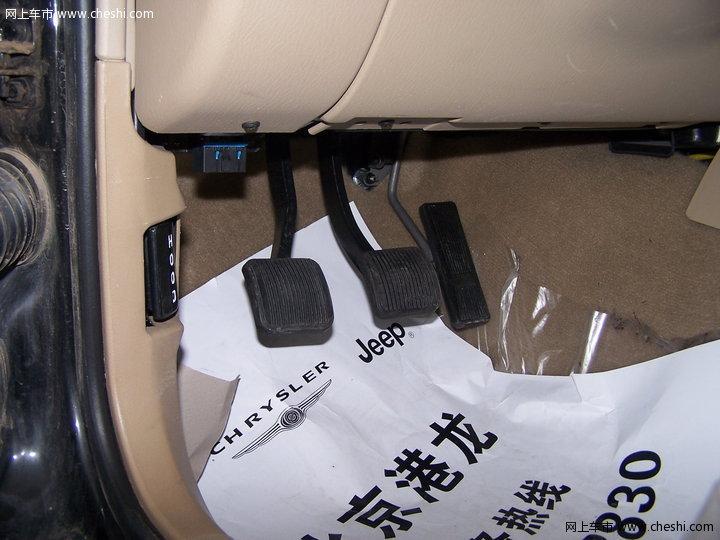 北京吉普 2500 高清图片