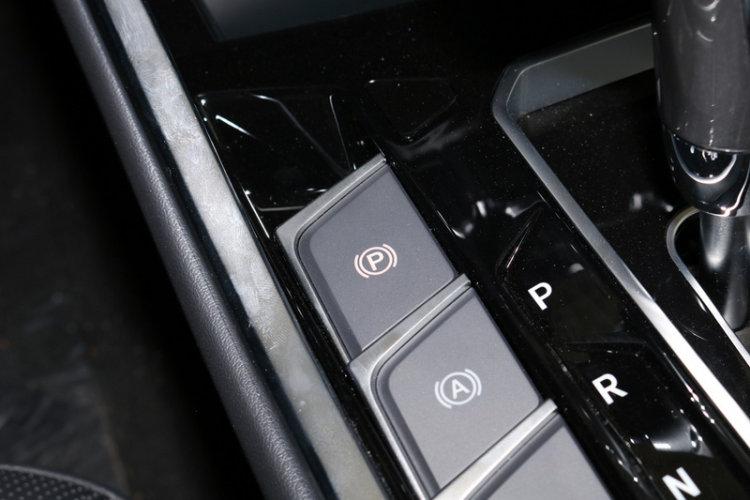 手刹/驻车按键