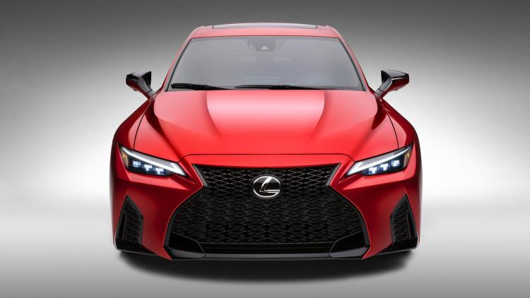 5.0升V8大自吸!雷克萨斯发布IS 500原型车官图